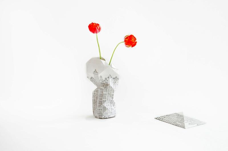 Floreros de papel de Pepe Heykoop  CANALHOUSES2