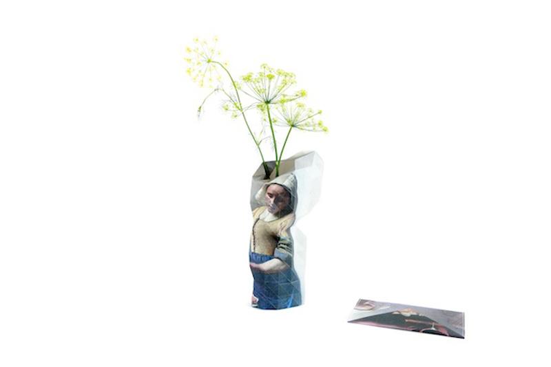 Pepe-Heykoop--Tiny-Miracles---Paper-Vase-Cover-vermeer-LR-PHOTO-BY-ANNEMARIJNE-BAX