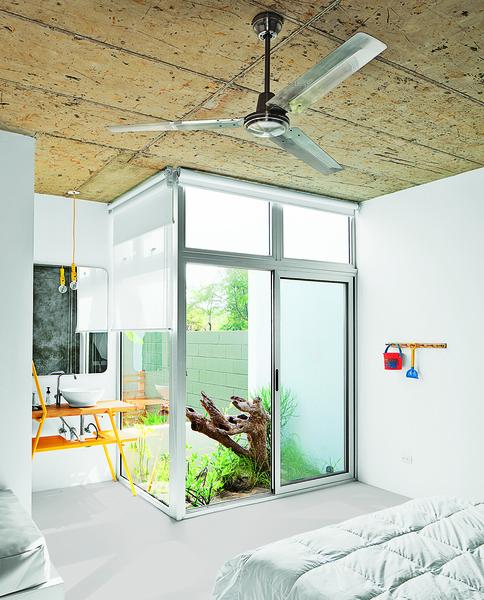 guest-room-interior-garden-vanity