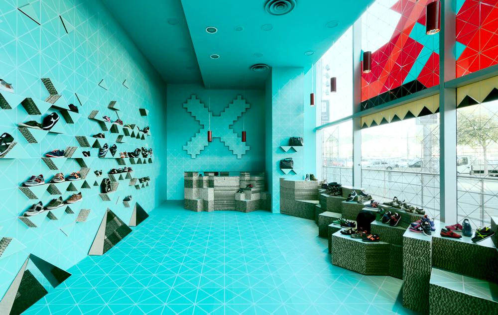 Munich pop up store-la maquinista-barcelona-cartonlab-hellomarielou.com